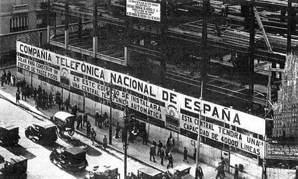 Resultado de imagen de edificio telefonica madrid construccion