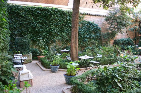 Museo Del Romanticismo Madrid.Visita El Museo Del Romanticismo En Verano Un Sereno Transitando