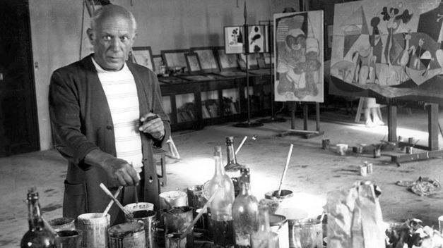 Picasso pintando