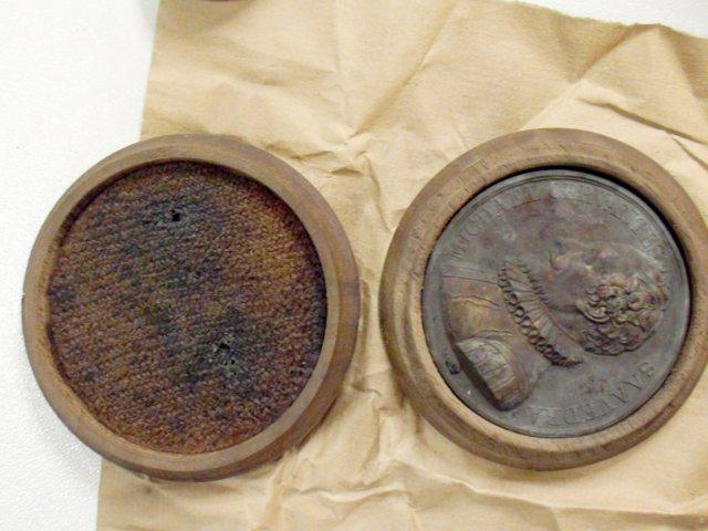 Medallas Cervantes Capusla del tiempo