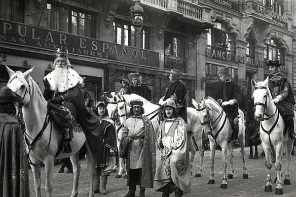 Un recorrido histórico por las cabalgatas de Reyes en Madrid